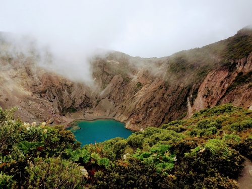 Cratere volcan Irazu