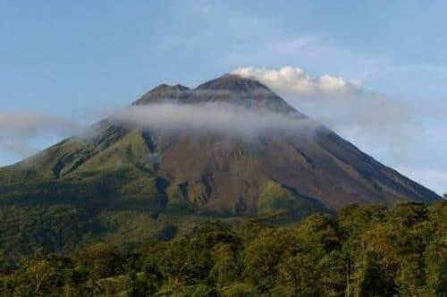 volcan Miravales