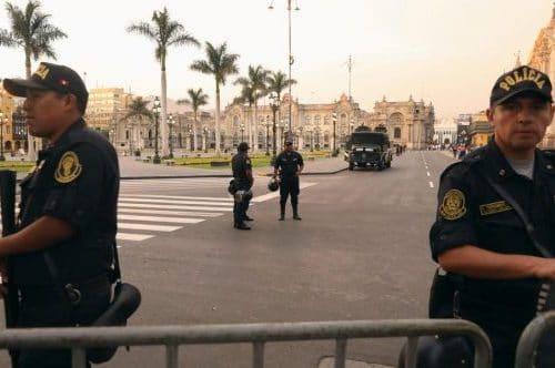 police Pérou